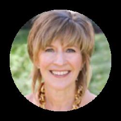 Debbie Castagna Headshot